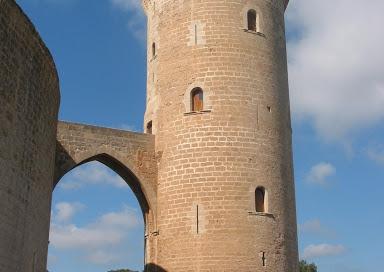 grafitos históricos del Castillo de Bellver