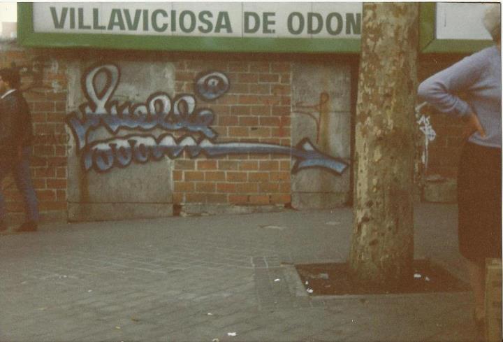 pieza-en-la-cuesta-de-san-vicente-junto-a-plaza-de-espana-hacia-1990