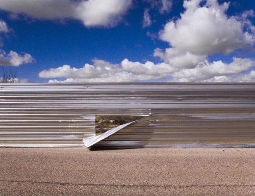Arte urbano en la universidad: la valla del fin del mundo