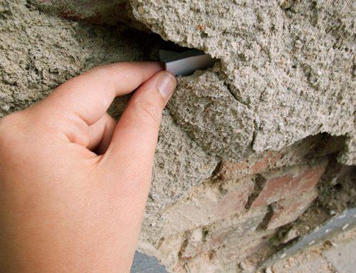 Arte urbano en la universidad: poesías ocultas en las paredes