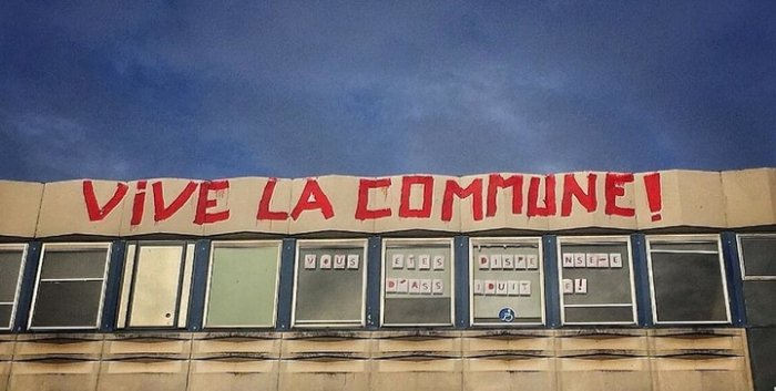 vive-la-commune-paris-loi-du-travail-graffiti-2016
